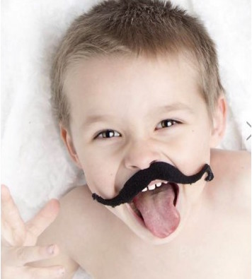 12 X Artificial Mustaches baby   playing
